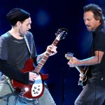 Pearl Jam recrute l'ancien guitariste des Red Hot Chilli Peppers