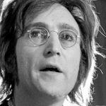 Vente aux enchères d'une cassette de John Lennon.